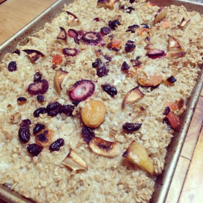 Baked Sprouted Oats with Fruit and Nuts
