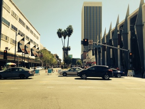 Wilshire: Closed to Cars!!!