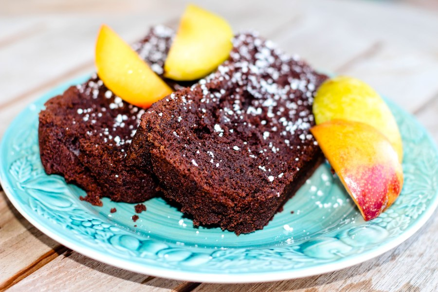 Chocolate Teacake sliced (1 of 1)