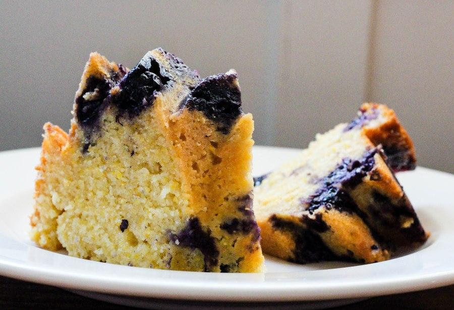 Cornmeal cake 3 (1 of 3)