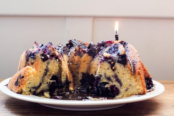 Cornmeal cake (4 of 5)